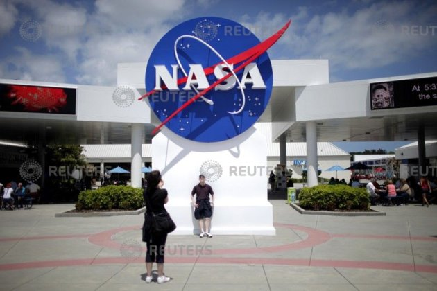 Stem cells lab NASA